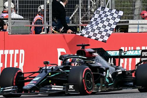 Дубль Mercedes в Емілії-Романьї, який приніс Кубок конструкторів (ФОТО)
