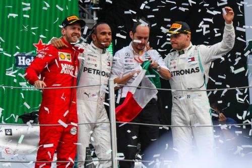 Яскрава перемога у Мексиці для Хемілтона (ФОТО)